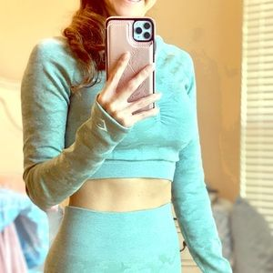 Gymshark Cano Seamless long sleeve crop top small